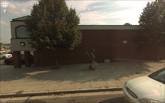 Google Street View - Stulen skylt